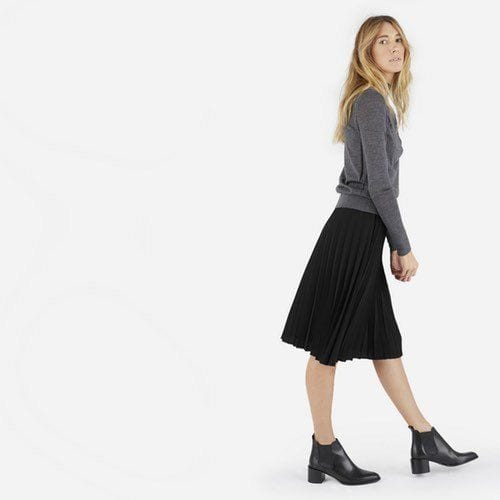 Are you wondering just what to wear with a pleated skirt? Maybe you have one that's been sitting in your closet, lonely and not worn because you just weren't exactly sure what to pair it with. Let me help!