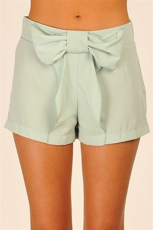 Bow shorts mint