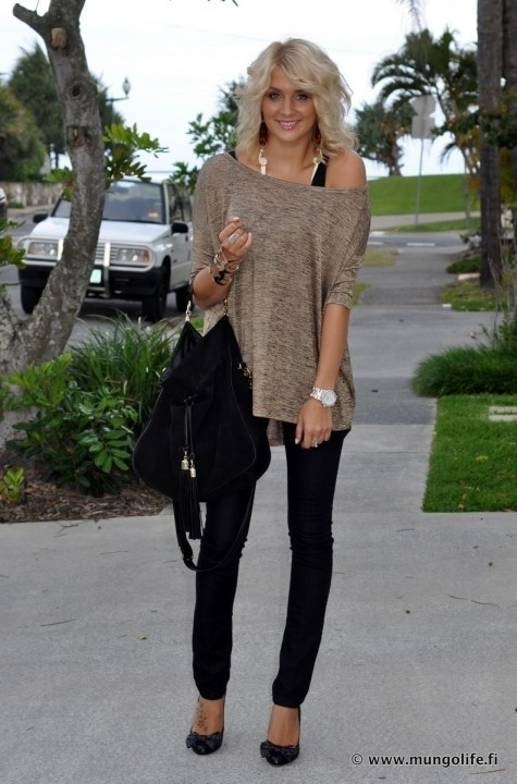 cute outfit ideas oversized sweater 02