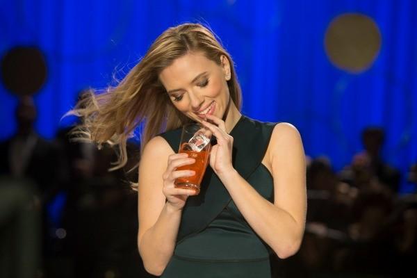 SodaStream SuperBowl Ad Scarlett Johansson 02
