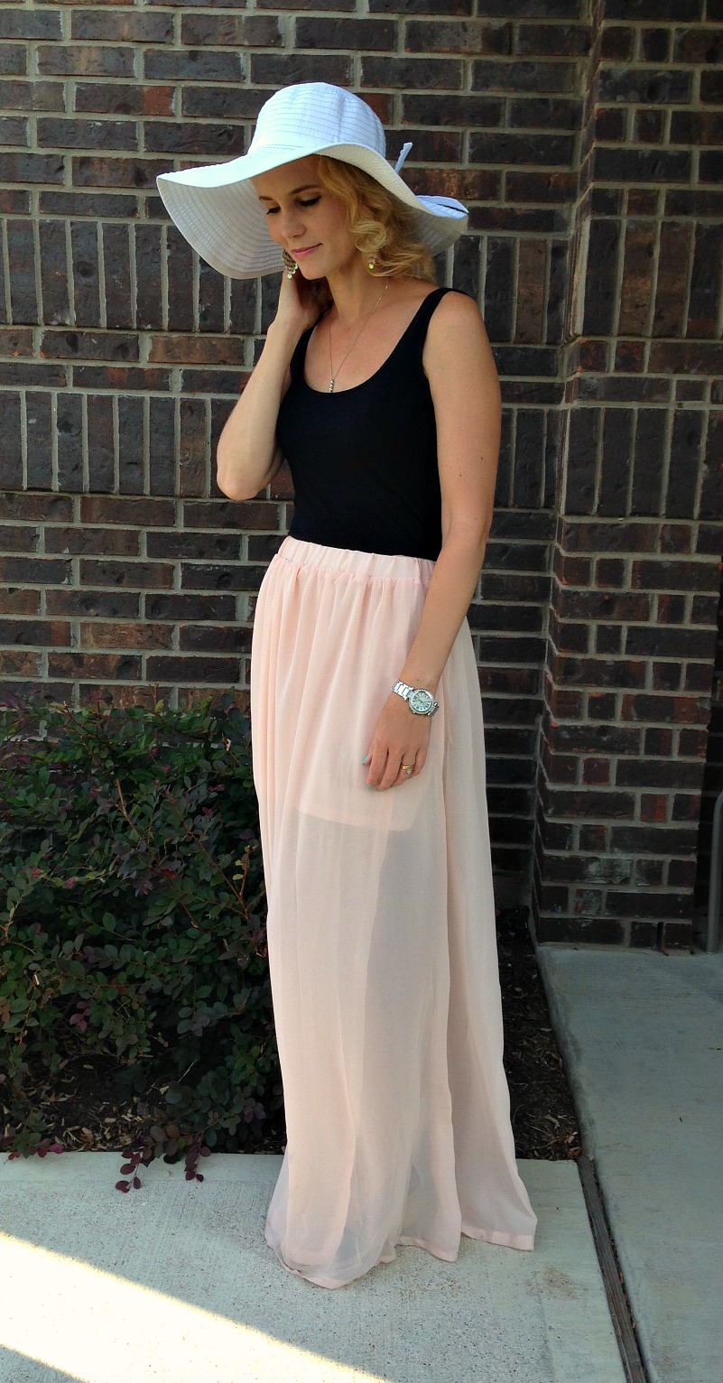 Lookbook Pink Maxi Skirt