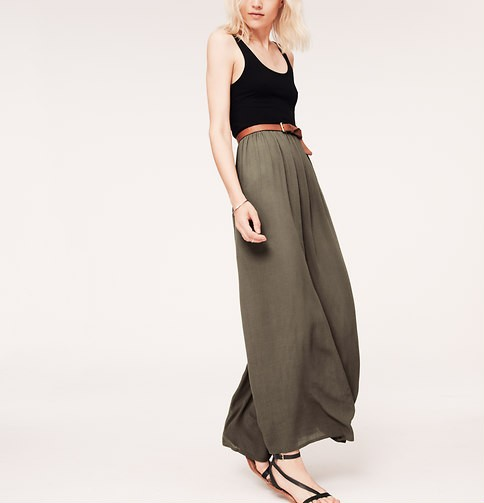 Lou & Grey Crinkle Maxi Dress, olive green maxi dress, cute outfit ideas for fall
