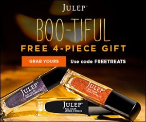 Get Gorgeous Halloween Nails with this Free 4-Piece Halloween Welcome Gift