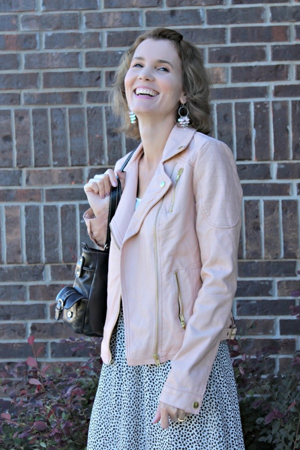 Pink Leather Jacket Outfit Ideas 03
