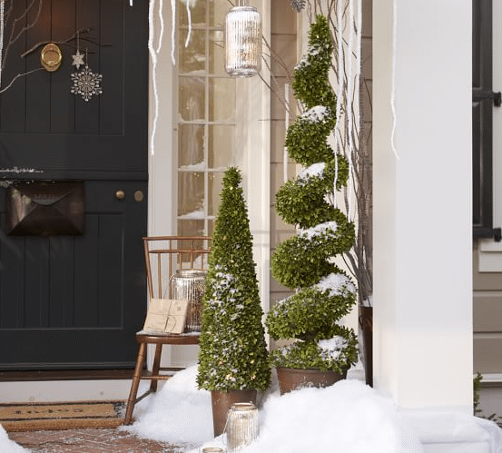 Christmas front porch decorating ideas-05