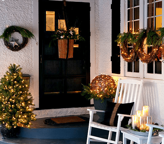 Christmas front porch decorating ideas-06
