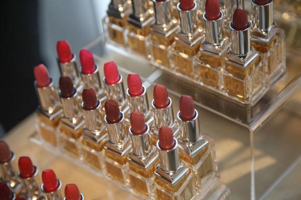 EA Lipstick Shades