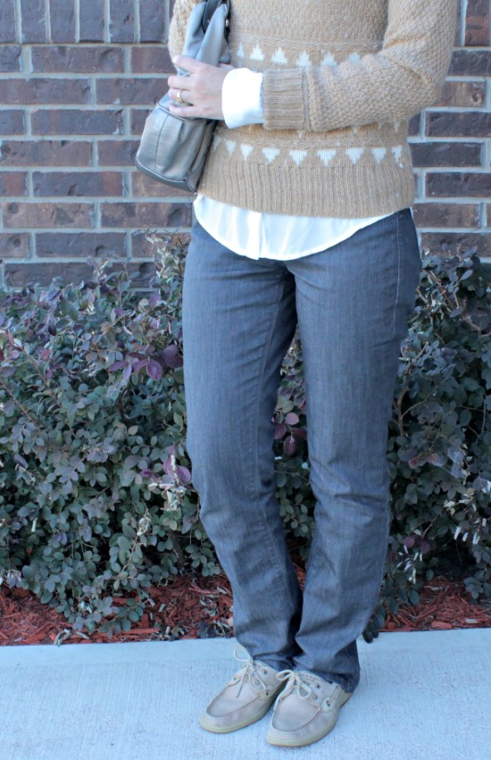 What to wear with gray jeans 05