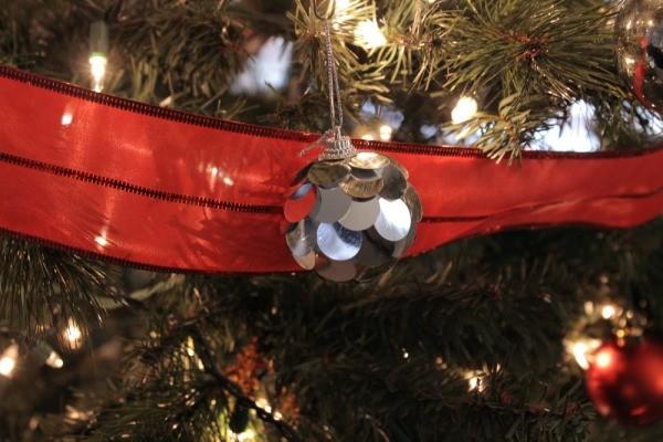 Dollar Tree Easy Christmas Decorating Ideas 07