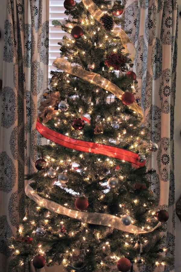 Dollar Tree Easy Christmas Decorating Ideas 08