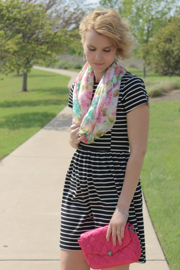 Floral Scarf Outfit Ideas-05