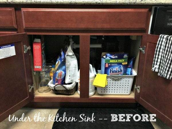 Kitchen sink organizing 02