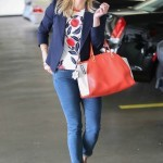 Celebrity Mom Style: Get Reese Witherspoon's Jeans + Blazer Look
