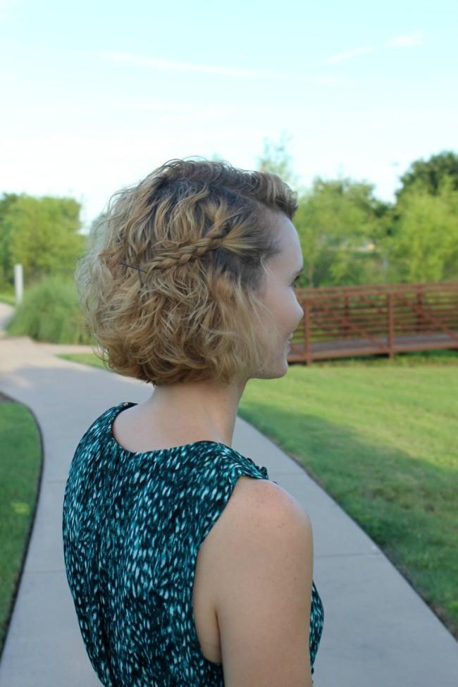 Hairstyle idea for short hair-07