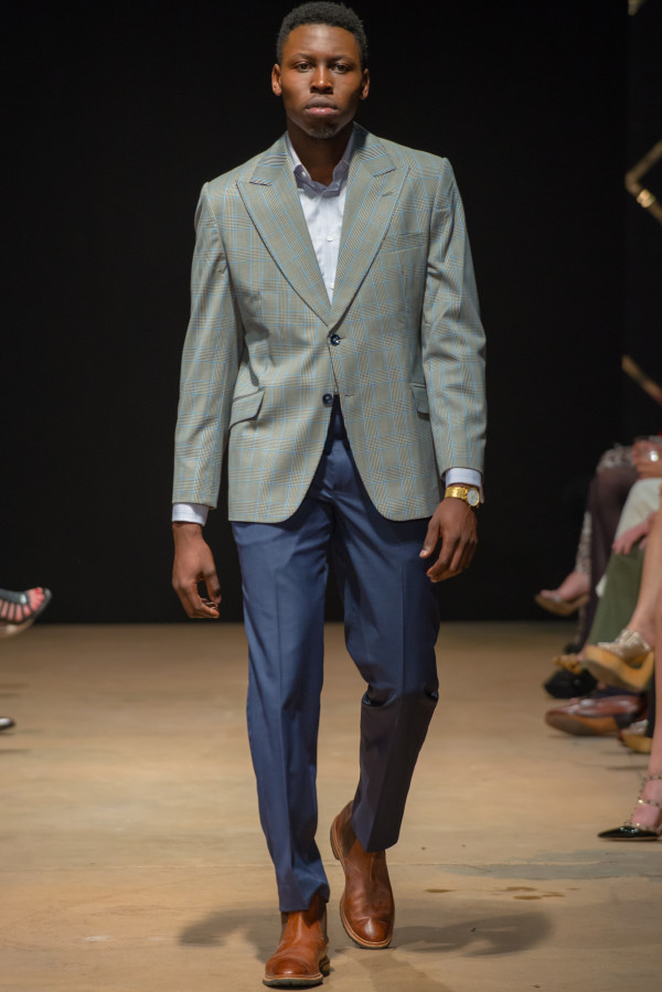 A model on the runway for Ross Bennett Austin Fashion Week 2015.