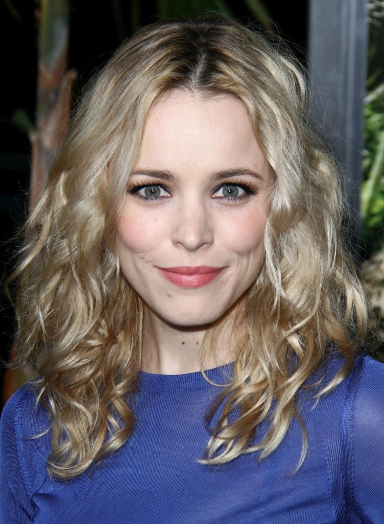 Best-Medium-Length-Hairstyles-24