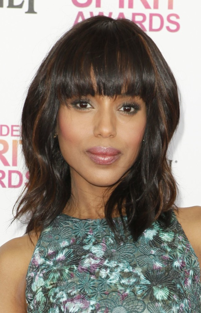 Are you looking for some hairstyle ideas with bangs? Whether you're looking for fringes, blunt bangs or something in between, here are 15 ladies that wear them well. And as you'll see, bangs look great with short hair, medium lengths or long layers. Click through to see all 15 hair ideas.