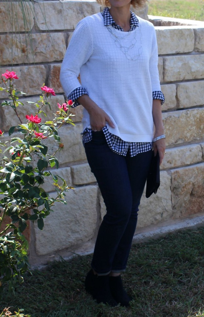 Gingham Shirt Outfit Ideas-02
