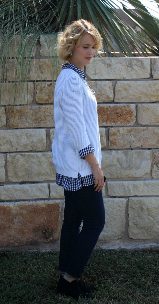 Gingham Shirt Outfit Ideas-03