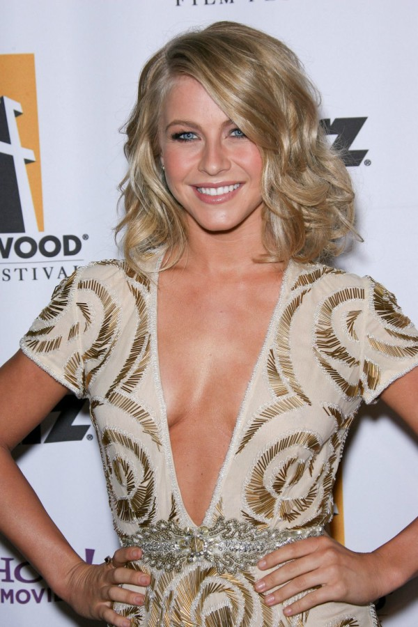Julianne Hough Hair-03