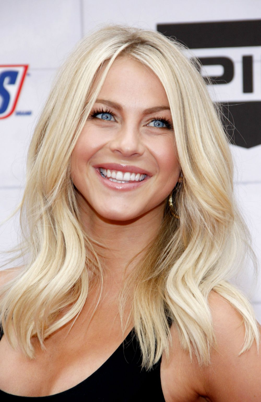 julianne hough hair styles 31 gorgeous photos of julianne hough s hair fabulous 4763