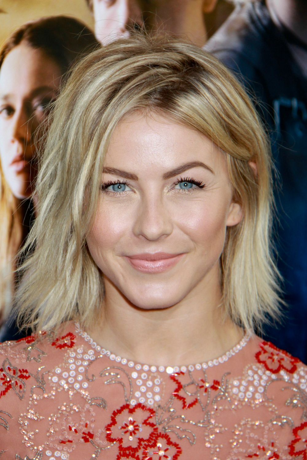 Gorgeous Photos Julianne Hough Hair Mom Fabulous