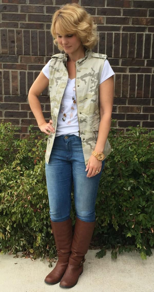 Camo Vest Outfit Ideas
