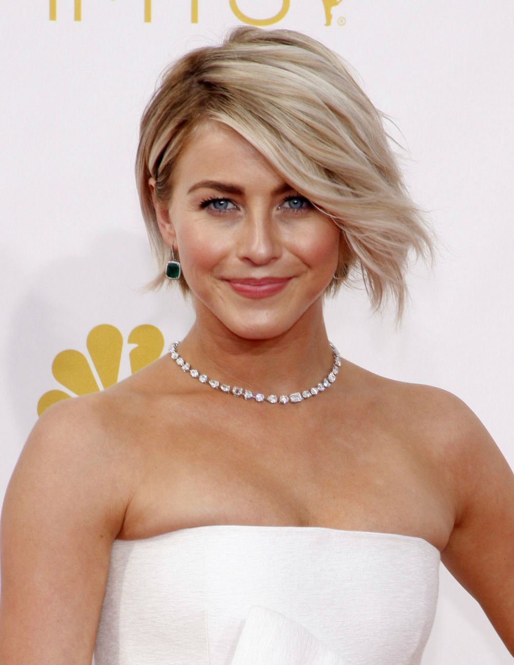 julianne hough hair styles best hairstyles bobs and lobs to gush 4763