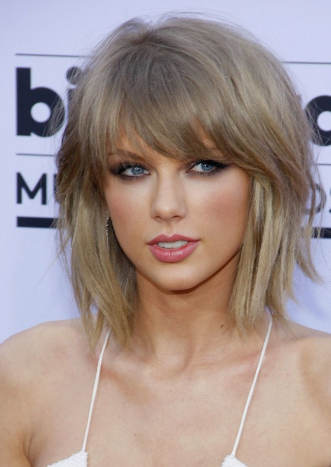 Taylor Swift Hairstyles - Celebrity Hairstyles - YouTube