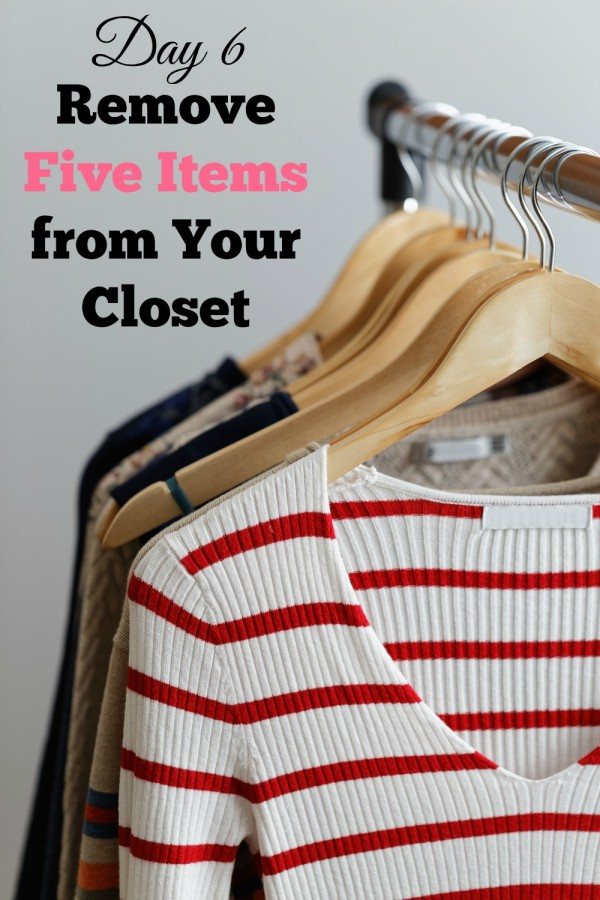 Day 6 of 31 Days of Fashion is a challenge. Can you get rid of five things in your closet? I got rid of over 100. See why and how it made me feel