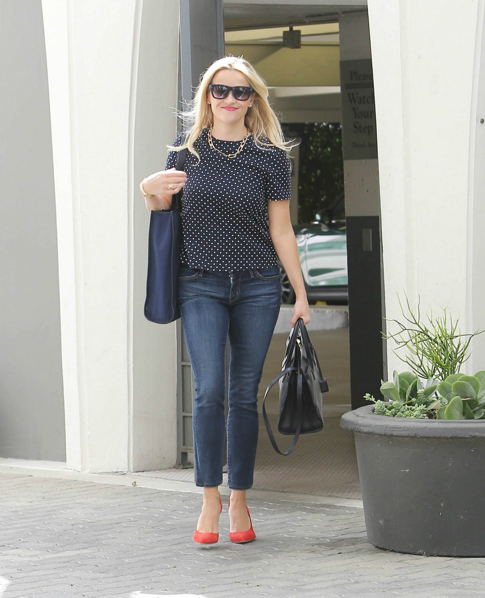 Day 30: Mom Style with... Reese Witherspoon Clothing Line