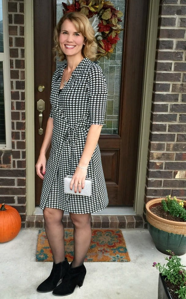 Are you on the hunt for wrap dress outfits? This dress arrived in my LeTote and I am in love. It's the perfect wrap dress! See how I styled it with three different pairs of shoes.