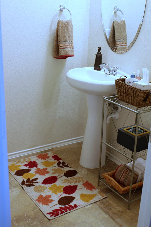 https://momfabulous.com/wp-content/uploads/2015/11/bathroom-redecorating-01.jpg
