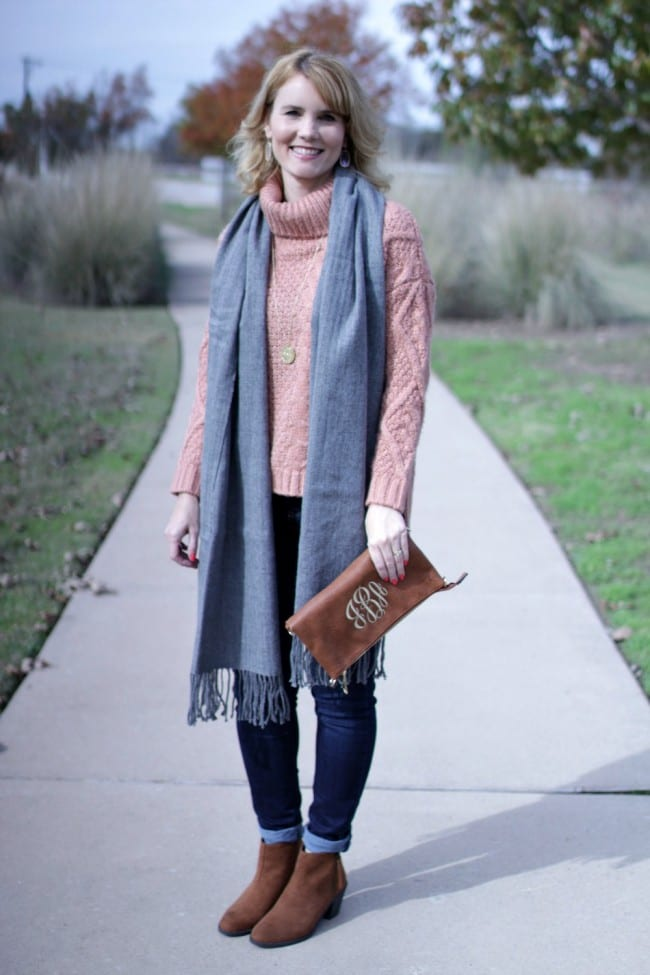 Let's add some color to what can typically be a drab weather season with a pink sweater outfit!