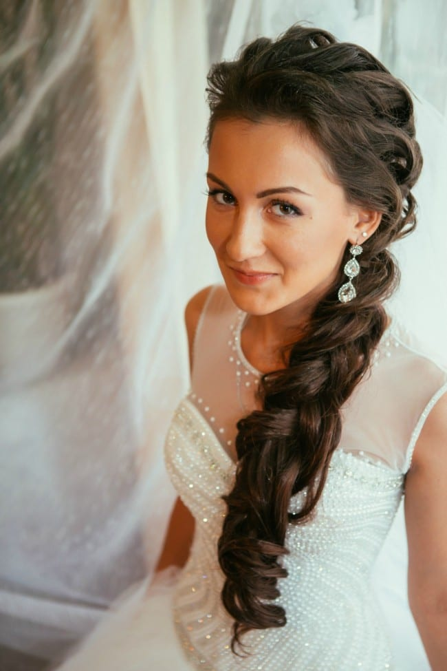 Is your big day coming up? How exciting! Let me first start by saying congratulations! This is the day for you and your groom to shine. Search through these 40 wedding hairstyles ideas and I'm sure you'll find one or two that catch your eye. I'm drawn to any with a tiara ;)