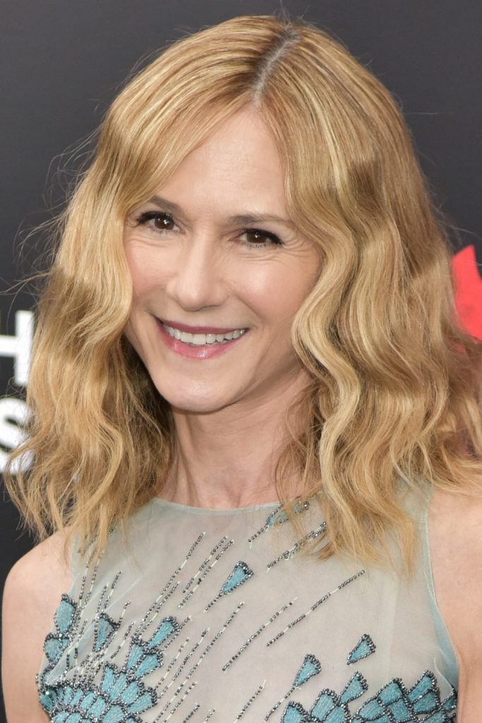 Best hair styles of the week -- Holly Hunter wears her hair medium length with waves. I feel like I haven't seen her on the red carpet in ages!
