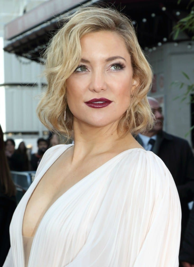 Looking for some of the prettiest and best celebrity hairstyles to get some ideas for your hair? From long bobs and pixie cuts, to ones with bangs and no bangs, there are quite a few celebrity hair ideas for everyone.  I'm pretty much in love with Kate Hudson's hair. Click through to see all of the looks. I know you'll fall in love with at least one!