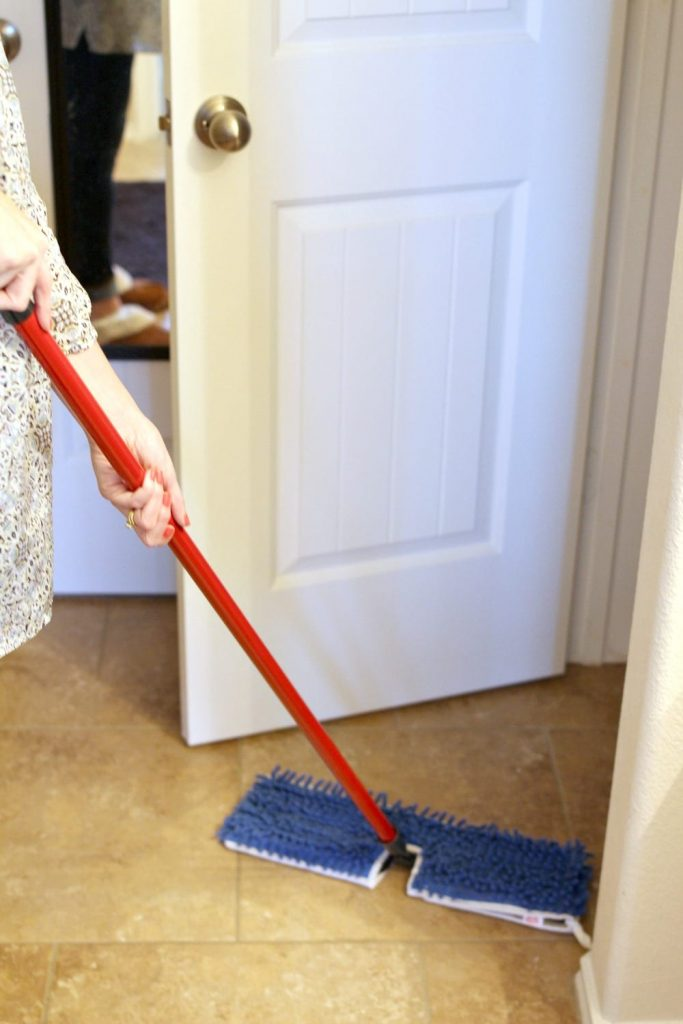 Easy Spring Cleaning Tips