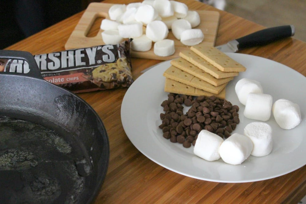 With only four ingredients and a few minutes of your time, you can whip up this S'mores dip recipe that will put a smile on everyone's face.
