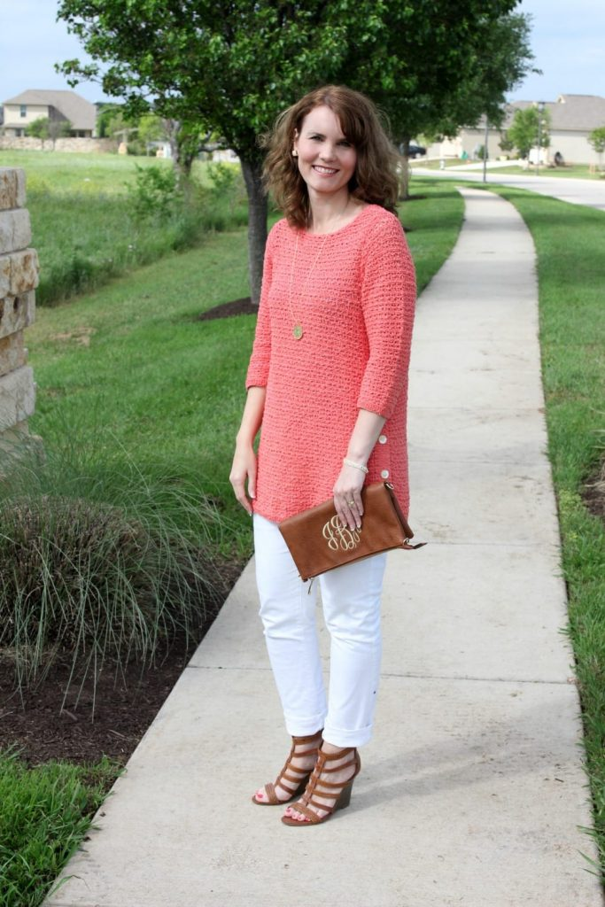 Spring fashion: pair coral and white together for a crisp spring outfit idea that looks great on any skin tone.