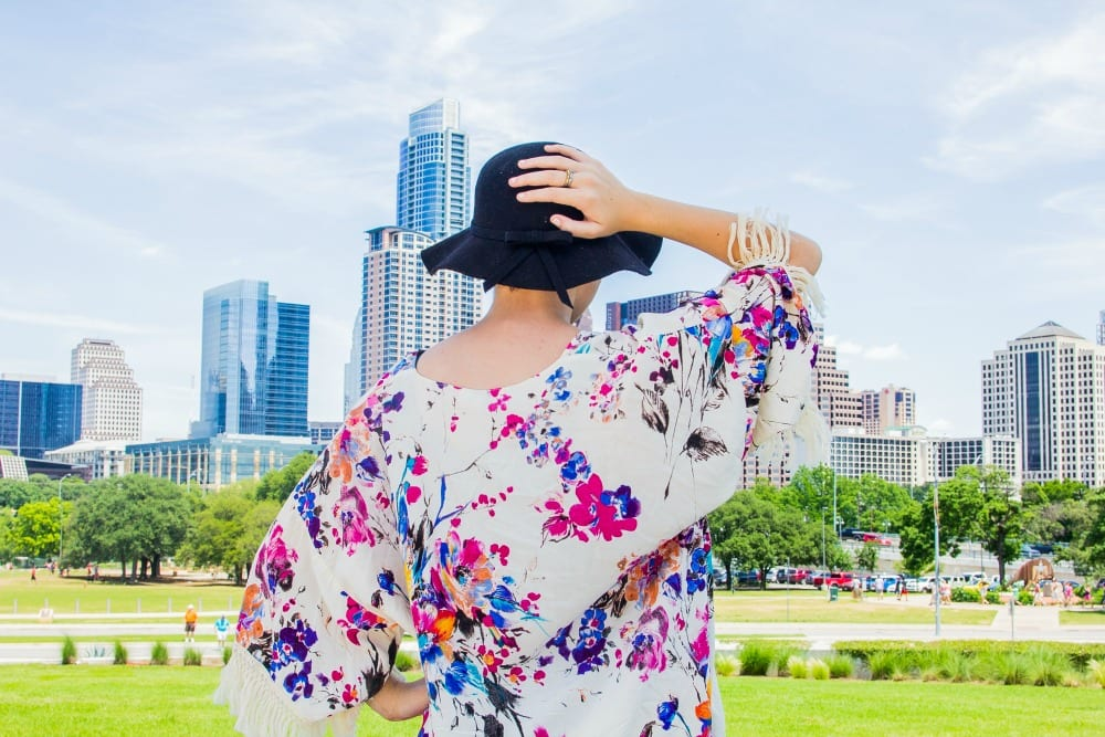 Are you looking for unique ideas for senior pictures? These 15 ideas for girls include fun poses, outfits and show you how to capture your subject's personality. These were all shot in Austin, Texas by Zac Franklin photography.