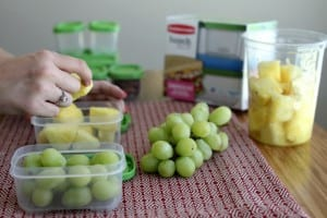 5 Tips to Creating a Lunch Packing Station That Saves You Time