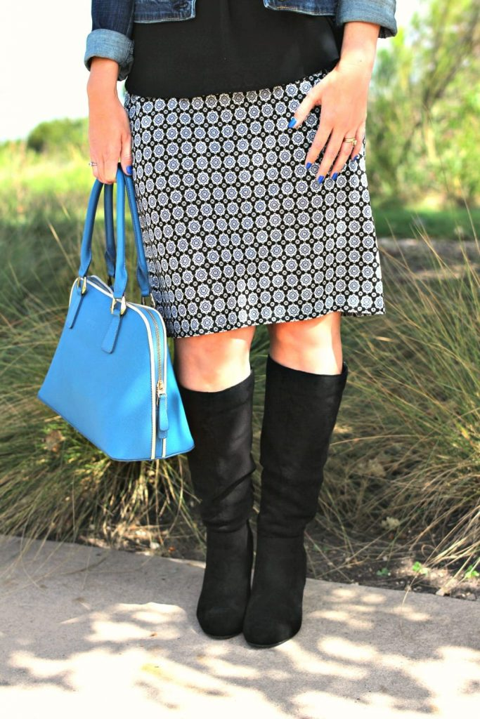 Fall outfit idea: A classic pencil skirt is timeless and a very versatile item to have in your wardrobe.