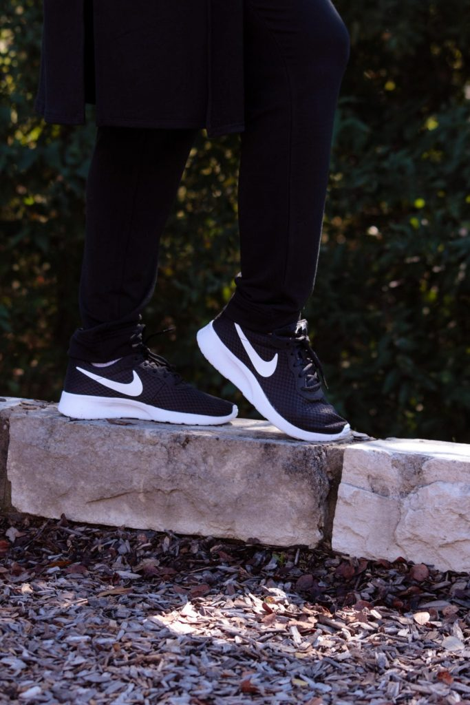 Women's fashion and outfit ideas from Mom Fabulous: The Nike Women's Tanjun sneaker is amazing! From the gym to out and about it's a stylish sneaker for every day wear.