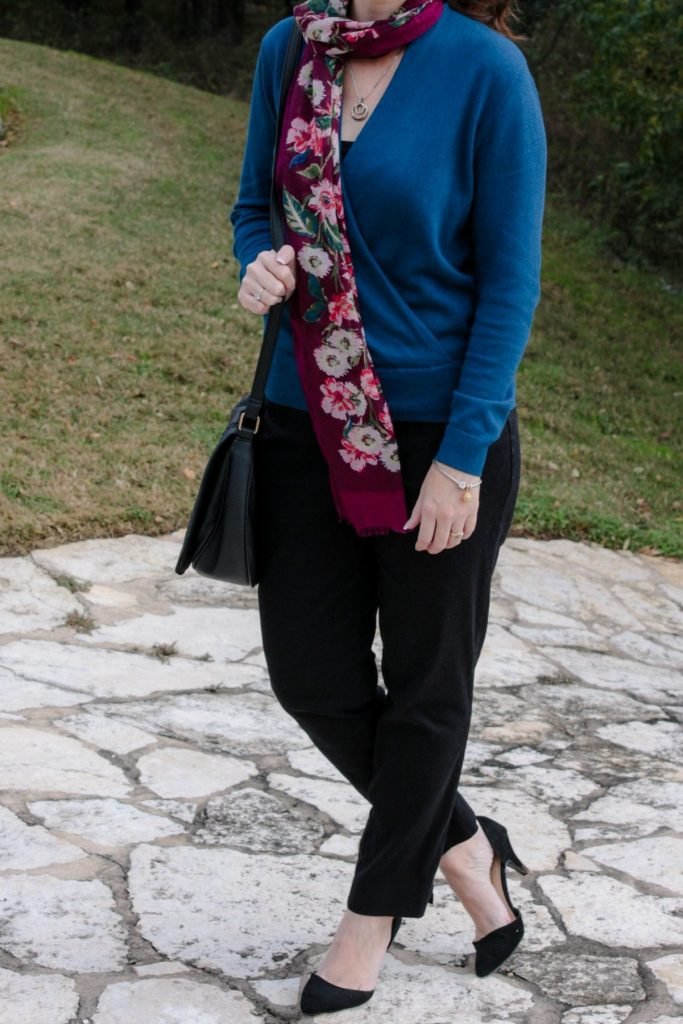 This wrap pullover sweater outfit is perfect for the office or dinner out. Wear it with slacks or a pencil skirt and your favorite heels for an easy to wear outfit.