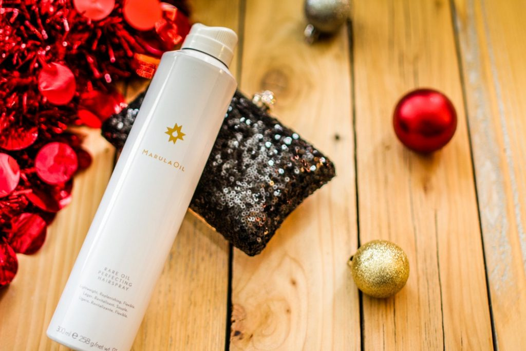Are you looking for some of the best beauty products for the Holidays? These 5 products will help you look and feel your best for the party season.