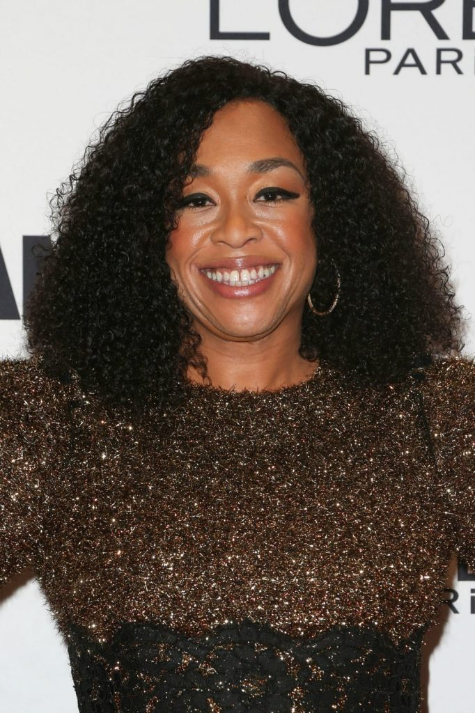 shonda-rhimes-dark-skin-tone-lip-color