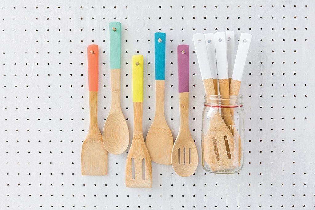 Retro Kitchen Accessories - Bamboo Utensils