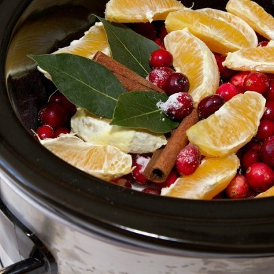 Easy! 4 Simple Ways to Make Your Home Smell Amazing This Fall