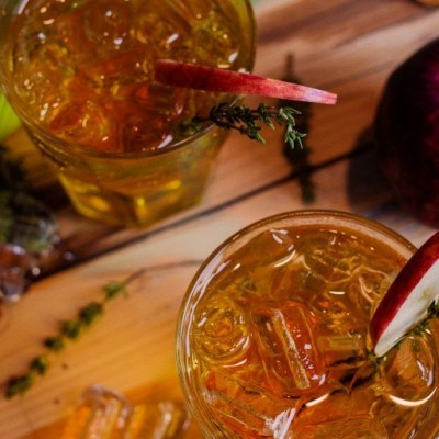 10 Fall Cocktails to Whip Up on a Cool, Crisp Evening